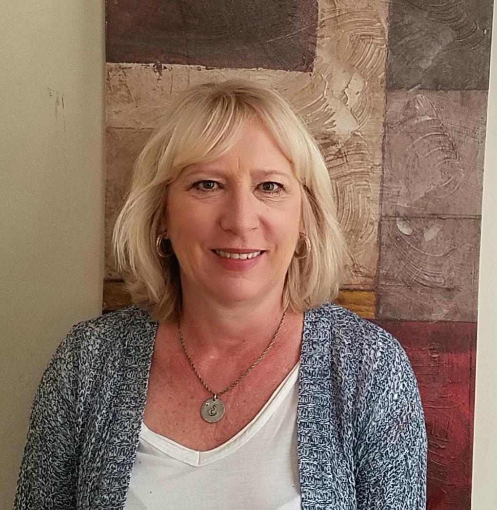 Eve Fouratt - Office Assistant